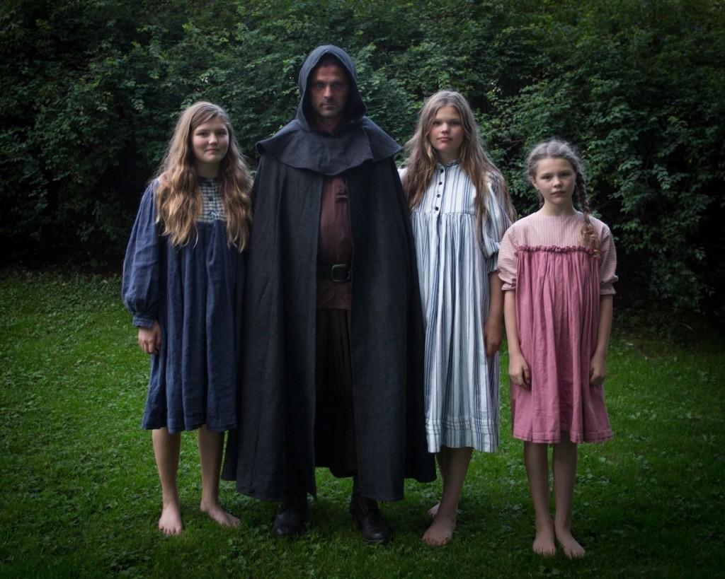 1. nattmannen og barna foto Janneche Strønen