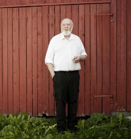 Willy Ustad fotografert under og etter boksignering og foredrag i Steinkjer.