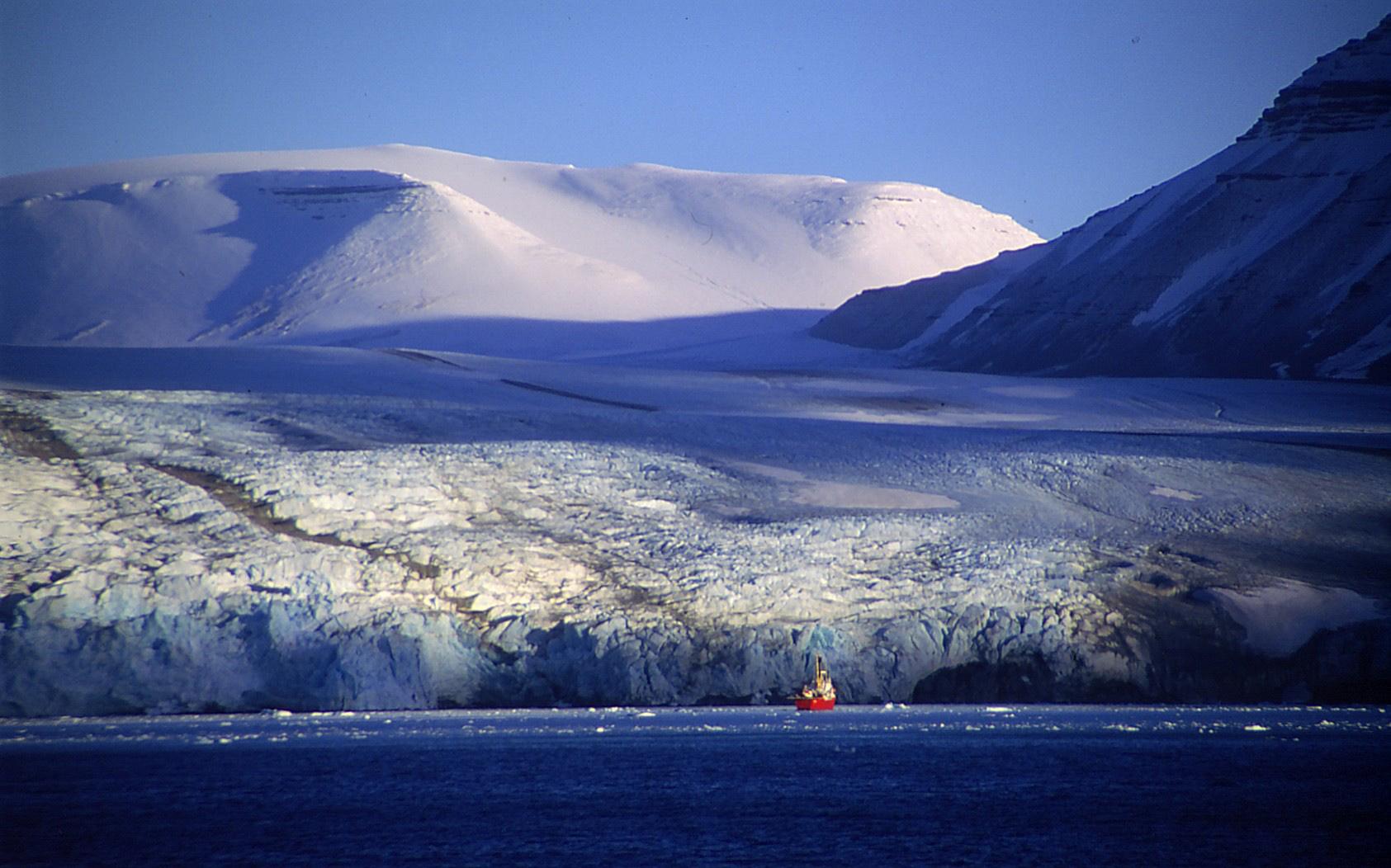 Naturskjønne Svalbard 1999