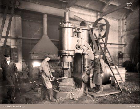 Akers mekaniske verksted. Foto: Wilse, Anders Beer / Oslo Museum