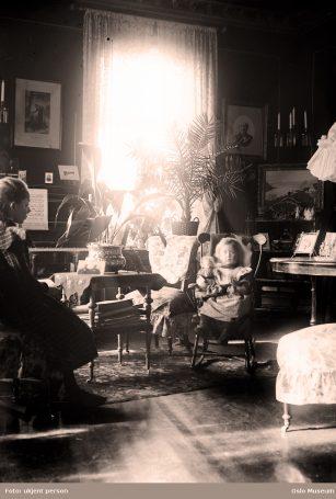 Mange drømte nok om at barna skulle havne i et hjem som dette. Foto: ukjent person / Oslo Museum