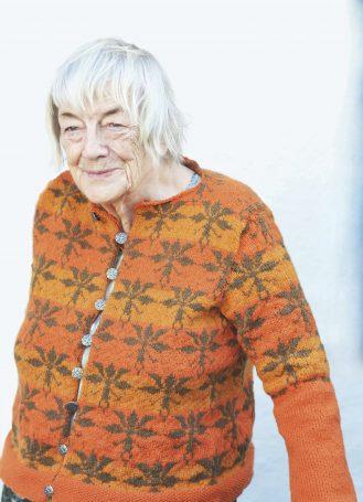 Margit Sandemo, i Alrune-kofta