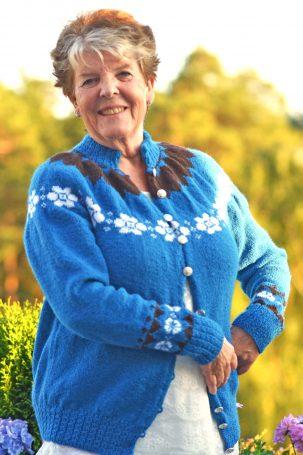 Anne-Lise Boge i Morshjerte-kofta